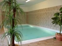 Sedloňovský Dvůr, ubytování s krytým bazénem