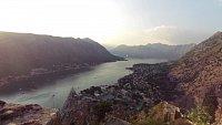 Kotor - výstup po městských hradbách