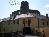 Vstupní brána hradu Svojanov