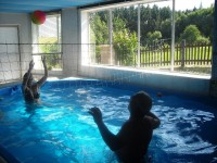 Chata s krytým bazénem