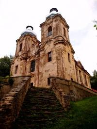 Skoky kostel