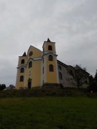 Z Neratova do Bartošovic přes rozhlednu a Haničku