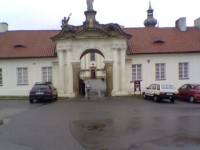 Do Břevnovského kláštera