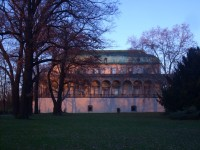 Přes nejstarší park k zajímavé vile a Písecké bráně