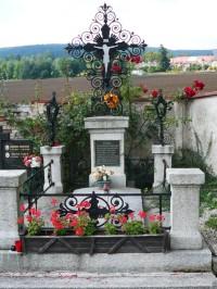 hrob J.Š.Baara v Klenčí p.Č.