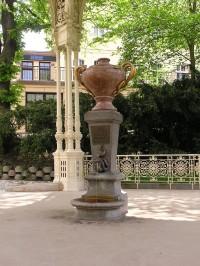 Karlovy Vary - Pramen 15. Hadí