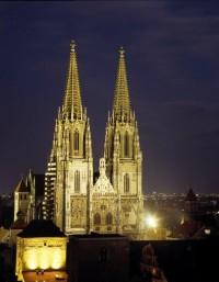 Dom St. Peter Nachtansicht