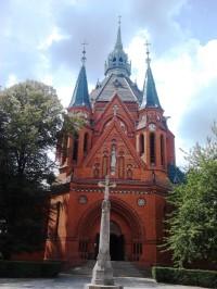 Poštorná - chrám Navštívenia Panny Marie