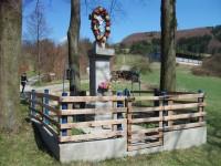 kríž na začiatku obce
