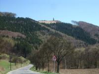 pohľad na rozhľadňu na Tlstej hore