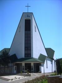 obec Korňa  - kostol Najsvätejšieho Srdca Ježišovho