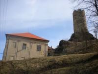 zámek a hrad