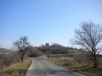 Pohled na zámeček ze silnice ze Siřejovic do Keblic.