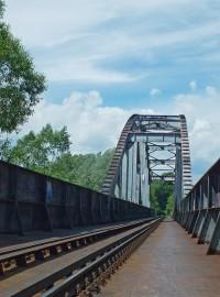 Železniční most přes Ostravici