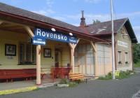 Rovensko pod Troskami - žel. stanice
