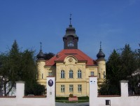 Doloplazy-zámek od jihu-Foto:Ulrych Mir.