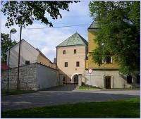 Velká Bystřice-zámek a věž se zbytky tvrze-Foto:Ulrych Mir.