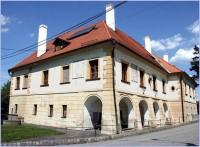 Dolany-zámek