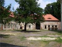 Libosad-letohrádek-budova kolem čestného dvora-Foto:Ulrych Mir.