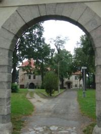 Nové Dvory u Kutné Hory-bývalý dominikánský klášter z brány-Foto:Ulrych Mir.