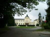 Poděbrady -panský dvůr a hotel Zámeček
