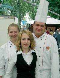 Pokračovatelé: syn Marek Růžička,dcera Linda a kuchařka Maruška