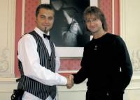 Majitel Café Louvre pan Sylvio Spohr (vpravo)  a blízký spolupracovník a mediální tvář kavárny Milan Kotalík