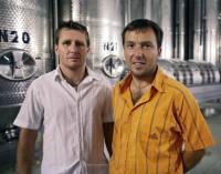 Bratři a majitelé společnosti Vinařství Novosedly VINOFOL, zleva: Pavel a Richard Foltýnovi