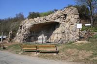 Bohutice - Lurdská jeskyně