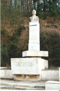 Bílovice nad Svitavou - památník S. K. Neumanna