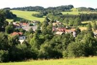 Ubušínek - pohled na obec