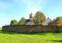 Knapovec - areál kostela, hřbitova a kaple