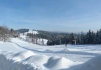 Pohled od sjezdovky Gruň