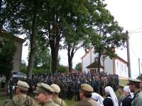 Vzpomínkový akt za účasti dobových vojsk