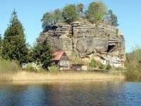 Skalní hrad a poustevna