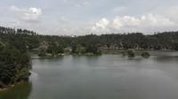 Na kole okolo Dalešické přehrady.