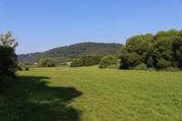 Čepičná, pohled z údolí Otavy