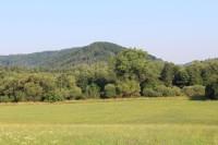 Chanovec, pohled z údolí Otavy