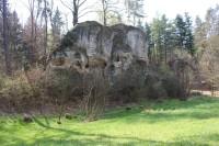 Hrad Pařez, pohled od obce