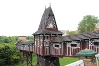 Nové Město nad Metují, krytý most nad zahradou