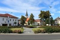 Kostel sv. Jana Křtitele v Janovicích nad Úhlavou.