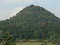 Pohled na hrad Ronov