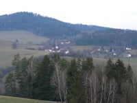 Dolejší Krušec, v pozadí Nuzerovská Stráž
