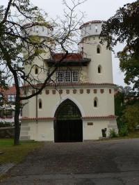 Vlašimská brána, pohled od zámku