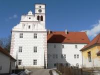 Žichovice, zámek od jihu