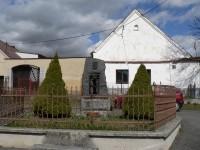 Čepice, pomník padlým ve sv. válkách