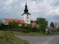 Kolinec, kostel sv. Jakuba většího od jihu