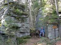 Medvědí stezka, skalní brána