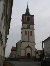 Volenice, věž kostela sv. Petra a Pavla