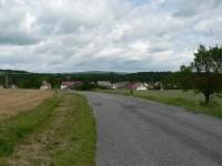 Pohled k severu, v pozadí hora Slavník